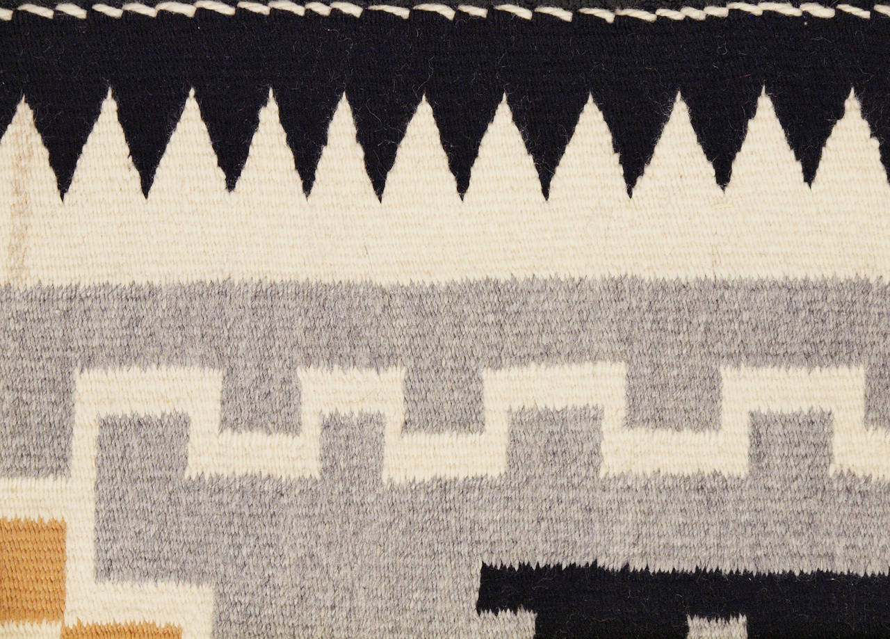 American Vintage Navajo Rug, Crystal Trading Post, Mid-20th Century For Sale