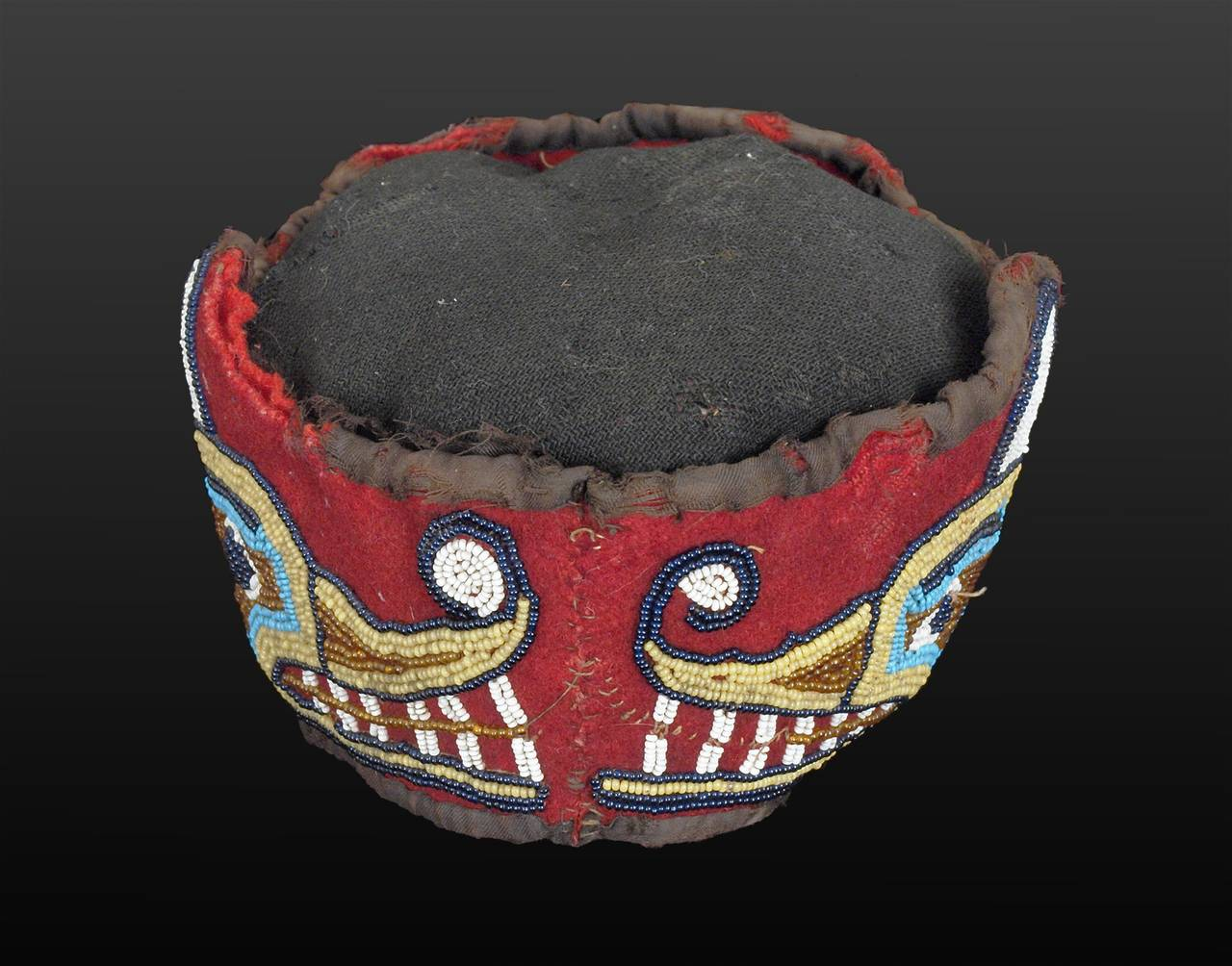 Native American Beaded Head Ring, Kwakwaka'wakw (Kwakiutl), Late 19th Century 4