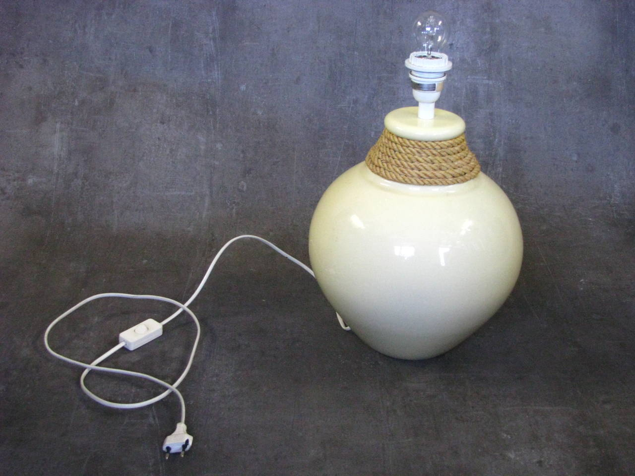 Mid-Century Modern Large 1950s Rope Table Lamp by Audoux and Minet, France For Sale