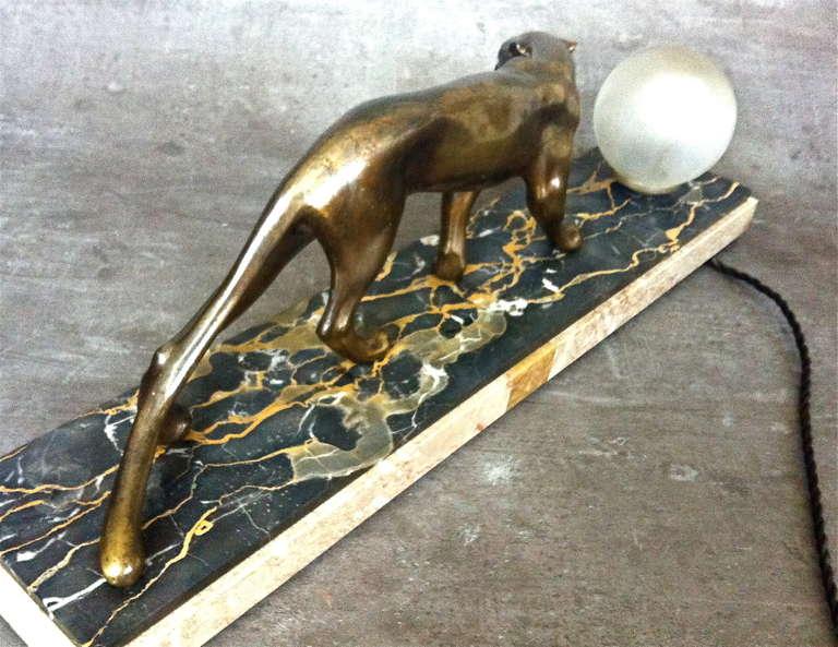 Französische Art Deco Panther Scuplture Schreibtischlampe von M. Fonds 5