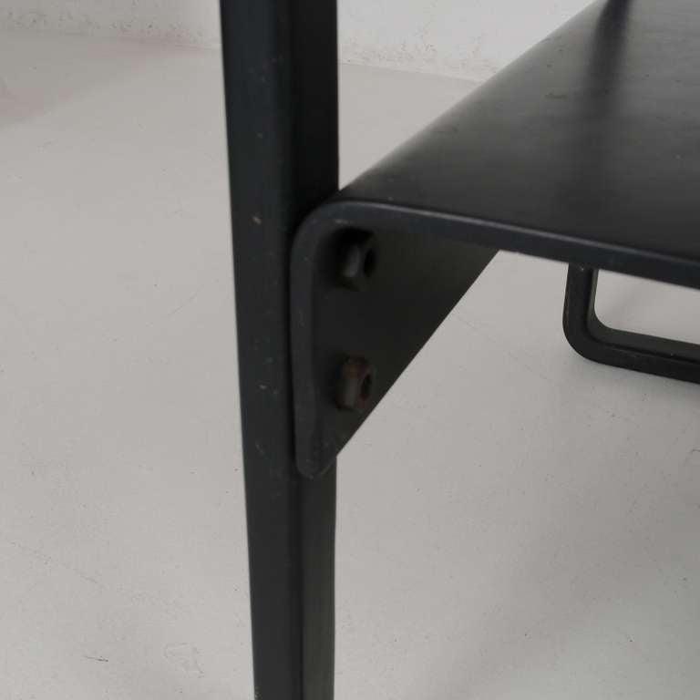 styleish elegent Glass shelf Braket squareish style