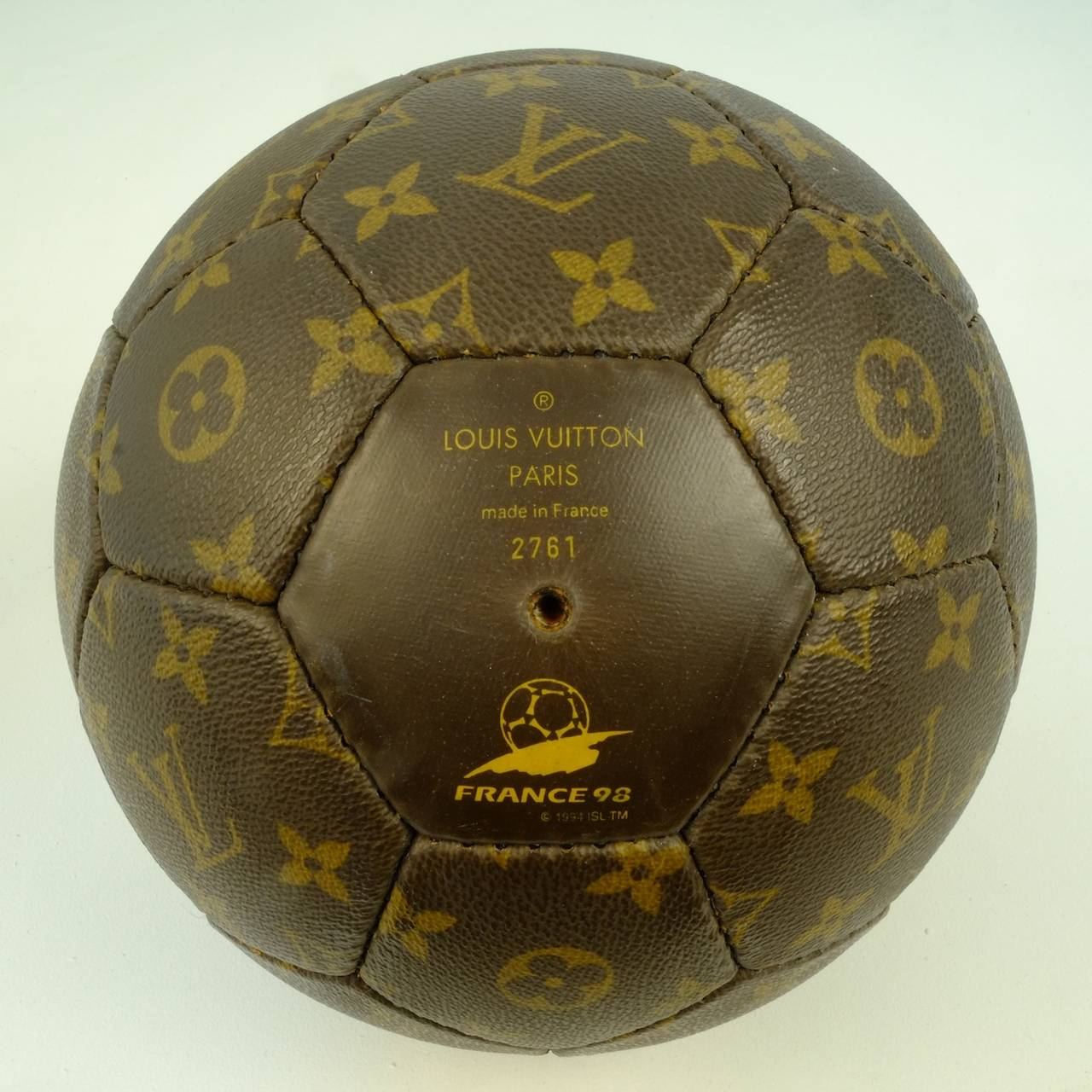 b19c4e8c654c French Louis Vuitton Limited Edition Soccer Ball World Cup 1998 For Sale