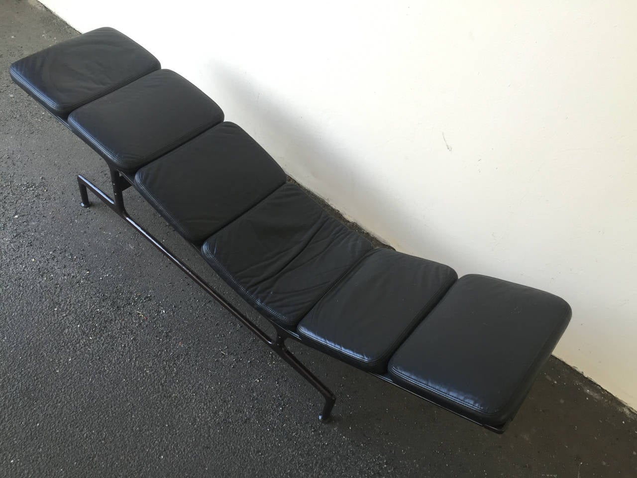 Chaise By Charles Eames At 1stdibs