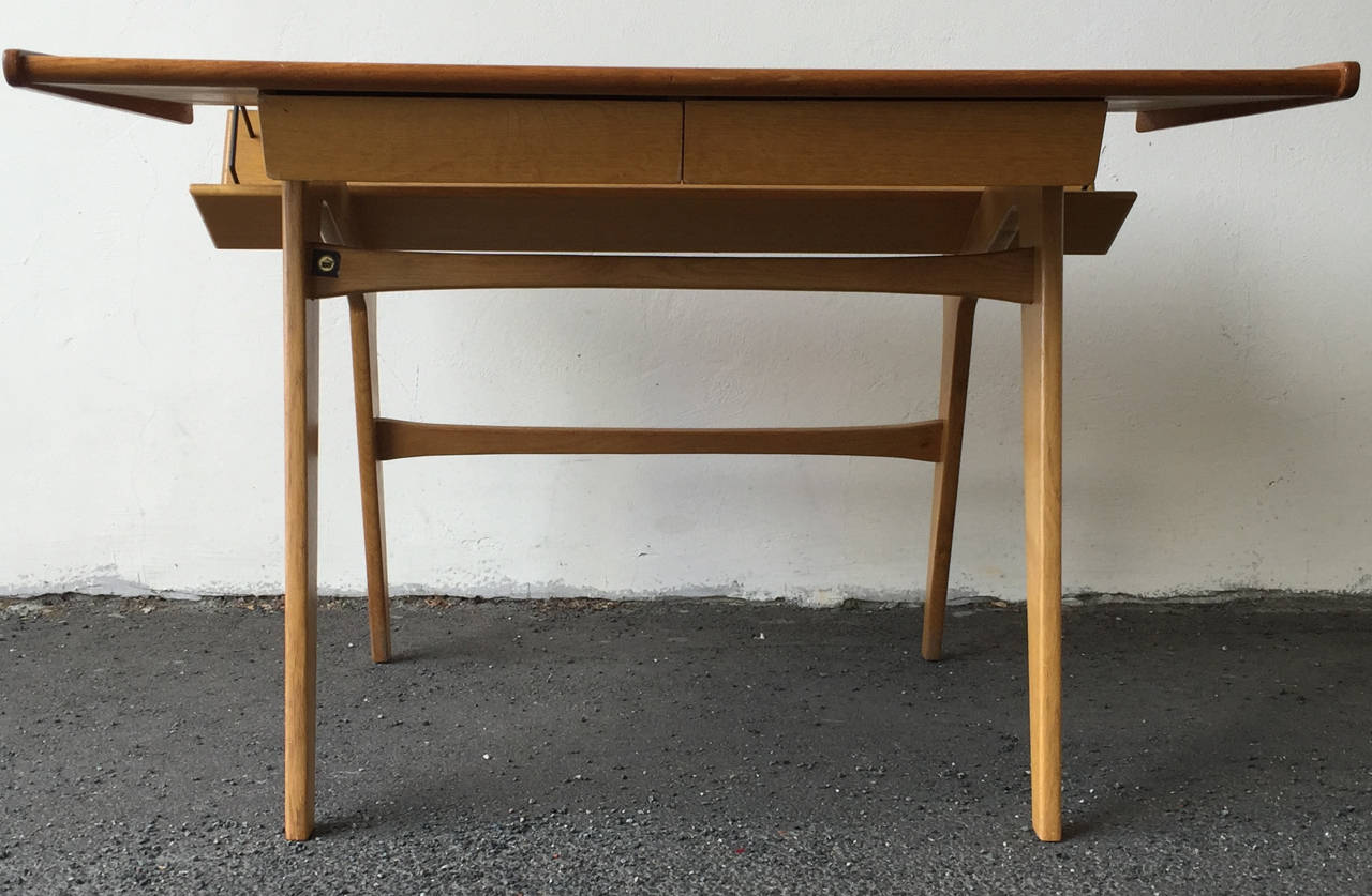 Small Oak and Teak Wood Desk with Bookshelf Attributed to Hans Wegner For Sale 3