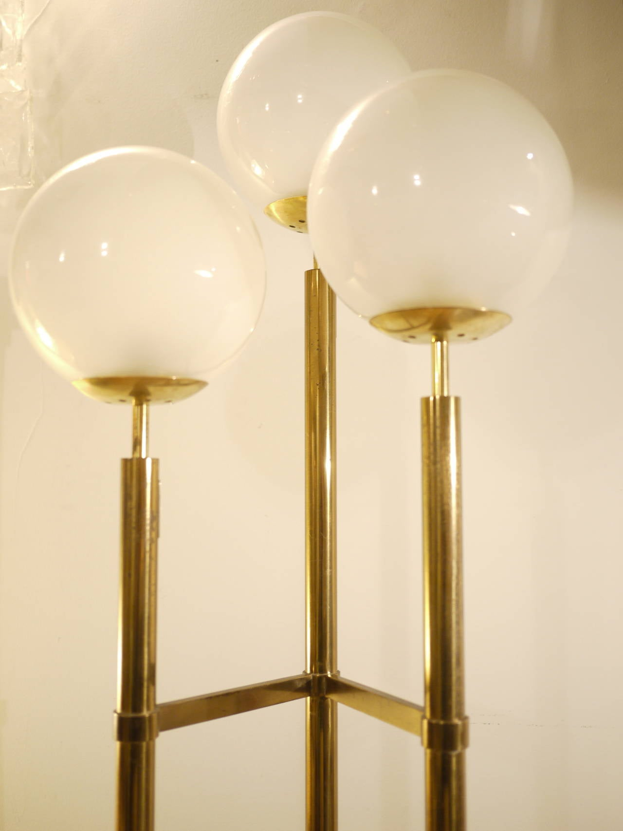 Max Ingrand Floor Lamp for Fontana Arte 3