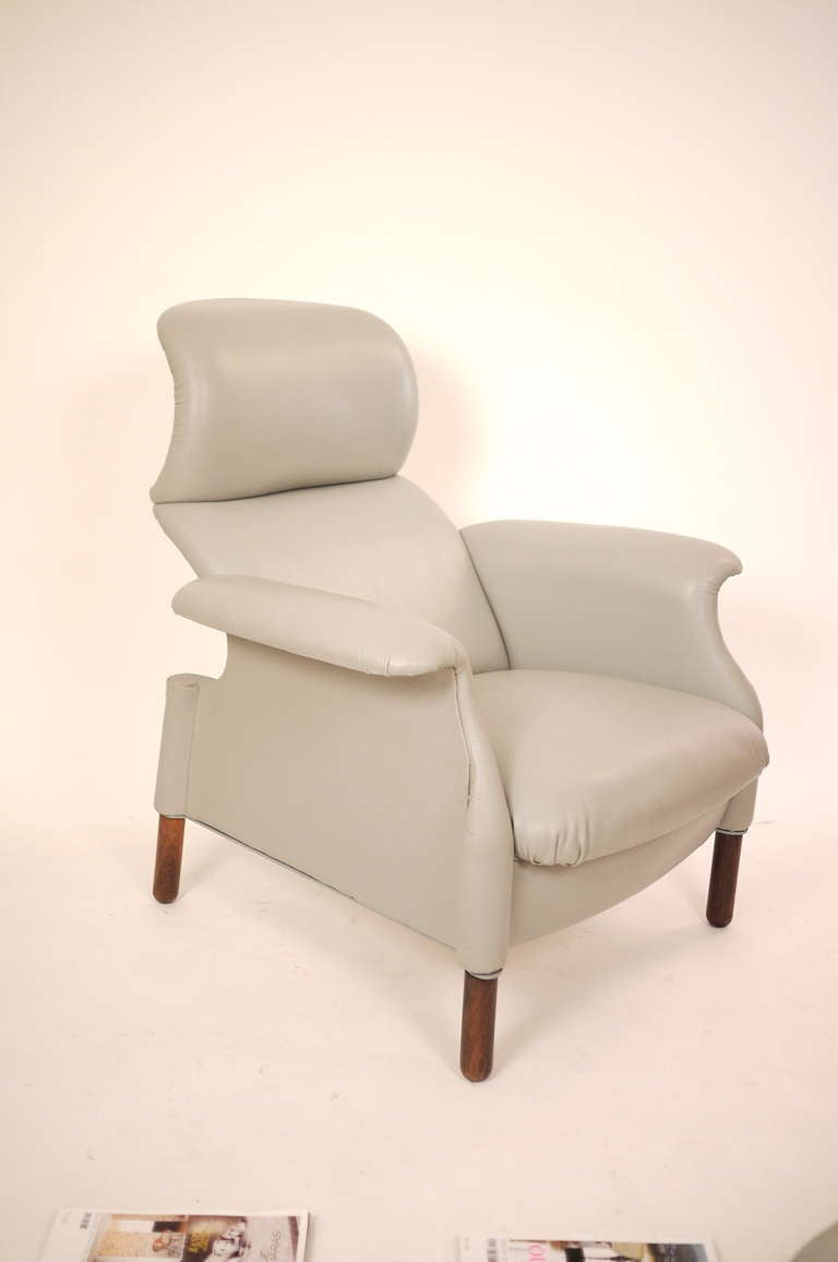 "A "" San Luca"" Armchair by Achille and Giacomo Castiglione 5"