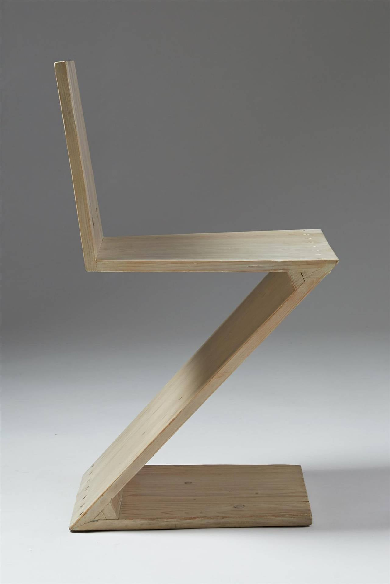 Zig Zag Chair Designed by Gerrit Rietveld for G.A. van de Groenekan, Holland In Excellent Condition In Stockholm, SE