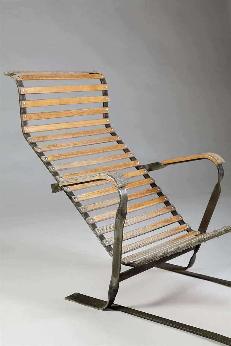 Chaise longue designed by marcel breuer switzerland for Breuer chaise longue