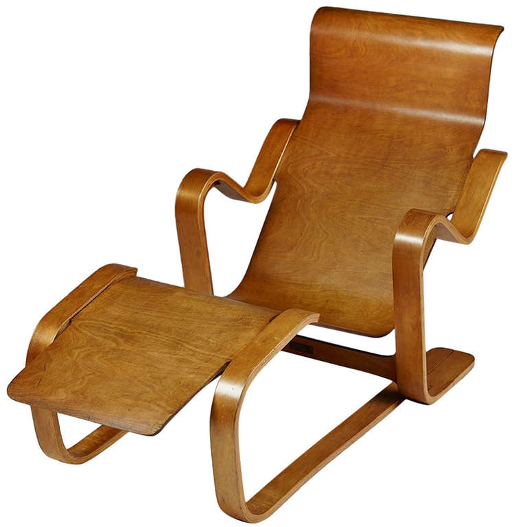 long chair designed by marcel breuer for isokon england 1936 at 1stdibs. Black Bedroom Furniture Sets. Home Design Ideas