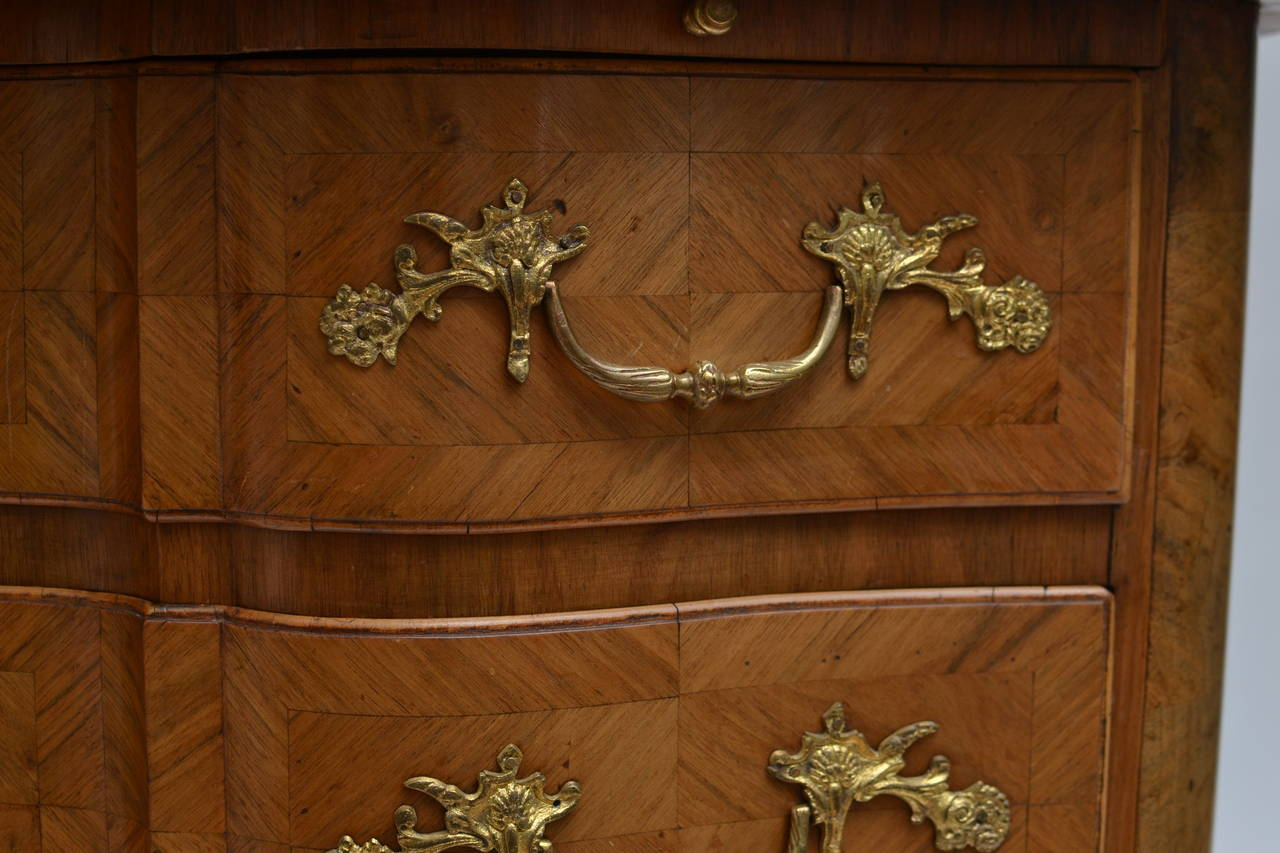 Swedish Barock Chest of Drawers Signed by Johan Furloh, Stockholm In Excellent Condition For Sale In Stockholm, SE