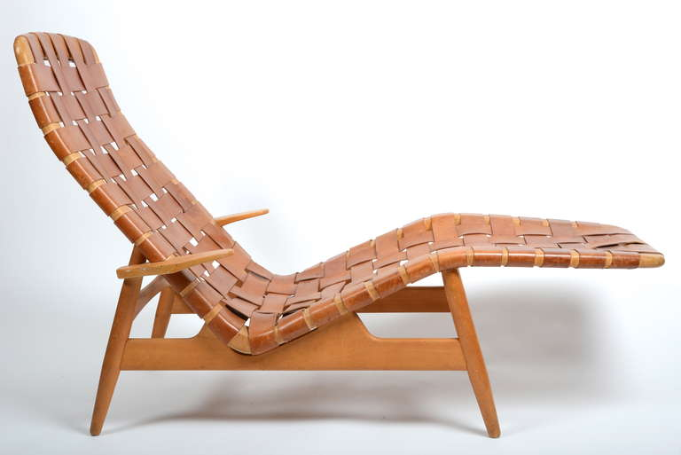 Chaise Longue Leer : Chaise lounge in leather designed by arne vodder denmark s