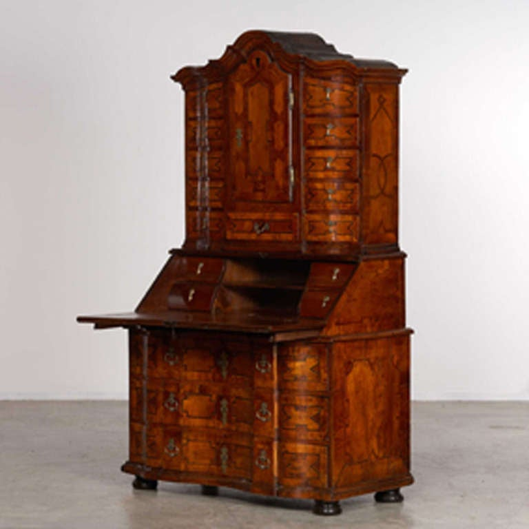 bureau baroque for sale at 1stdibs. Black Bedroom Furniture Sets. Home Design Ideas
