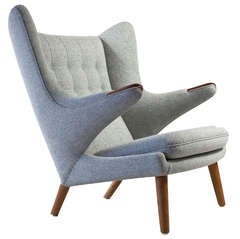 Hans J. Wegner Papa Bear chair