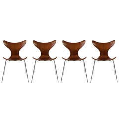 Set of four Arne Jacobsen 'Seagull', Fritz Hansen
