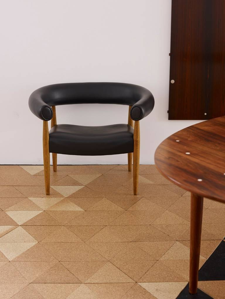 pair of nanna ditzel 39 sausage chairs 39 kolds savvaerk image 6