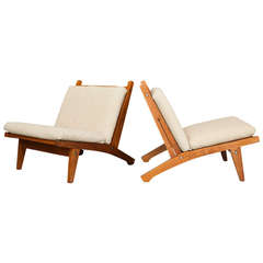 Pair of Lounge Chairs by Hans J. Wegner for Getama