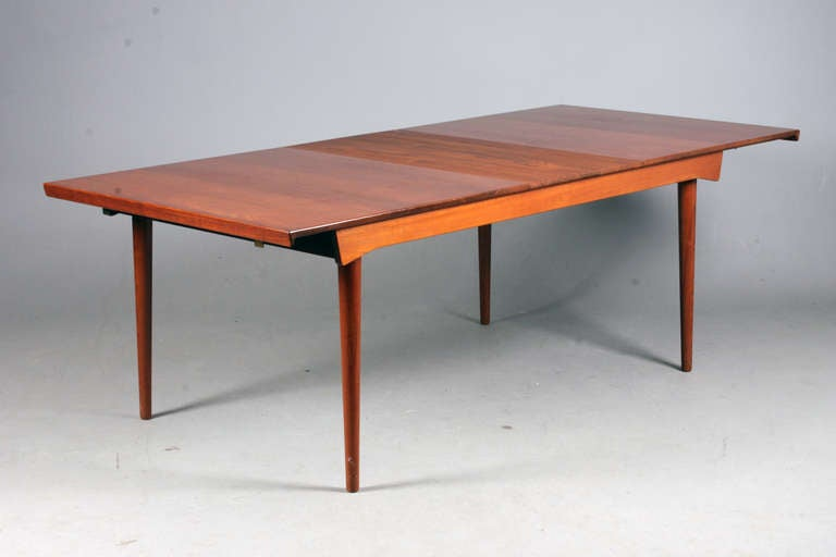 Danish Table with Extension and Extra Leaf by Finn Juhl For Sale