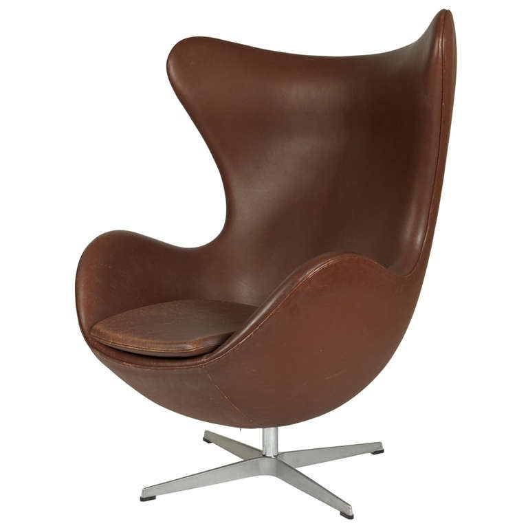 The egg chair at 1stdibs - Second hand egg chair ...
