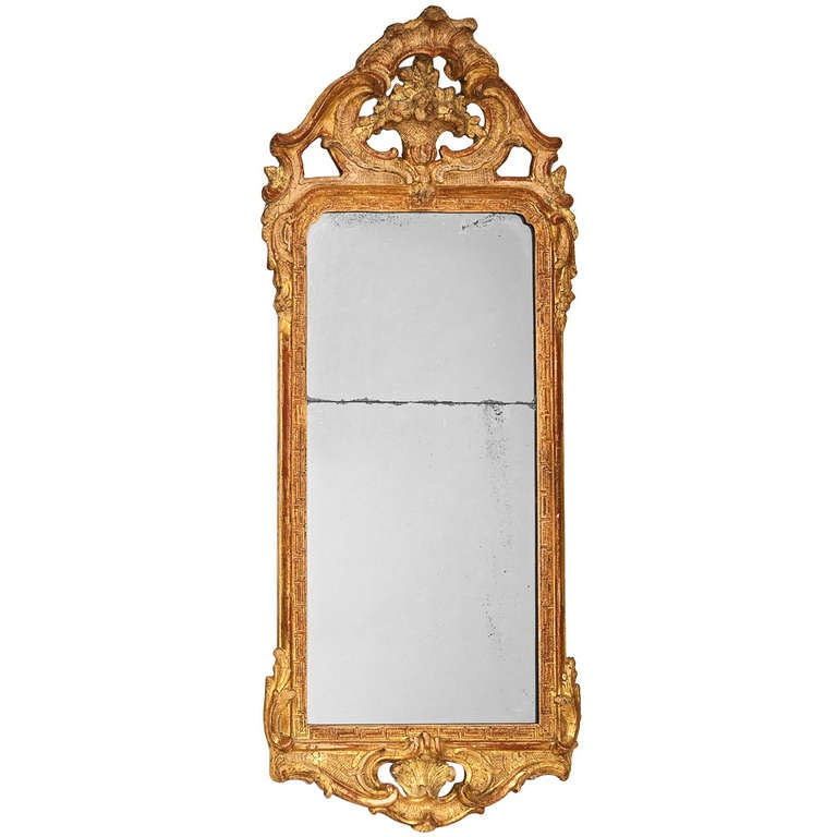 18th century gilded rococo mirror at 1stdibs for Gilded baroque mirror