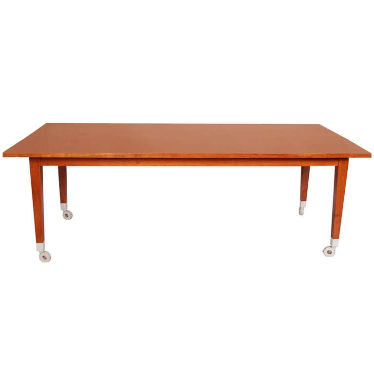 Dining table neoz by philippe starck for driade italy for for Philippe starck glass table