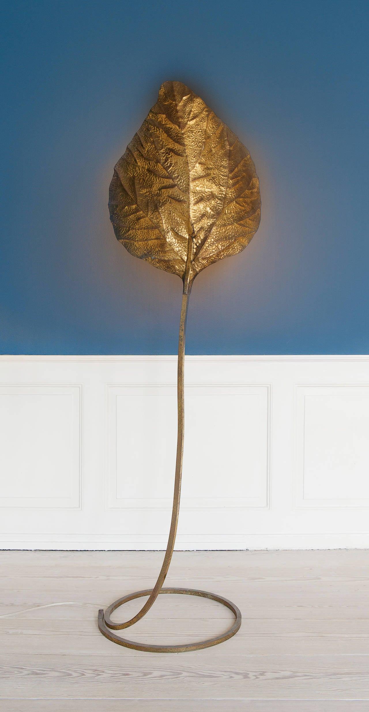 tomasso barbi leaf shaped floor lamp at 1stdibs. Black Bedroom Furniture Sets. Home Design Ideas