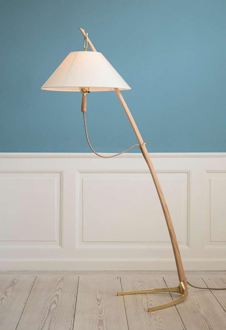 Kalmar Dornstab Floor Lamp in Oak and Polished Brass For Sale at ...