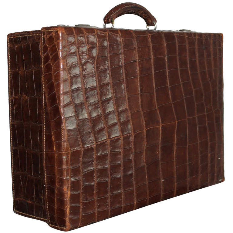 Gents Travelling Case, circa 1920 1