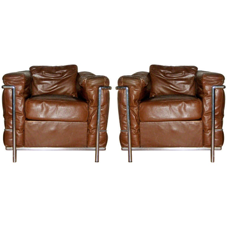 Vintage lc2 chairs by le corbusier for cassina at 1stdibs - Canape lc2 le corbusier ...
