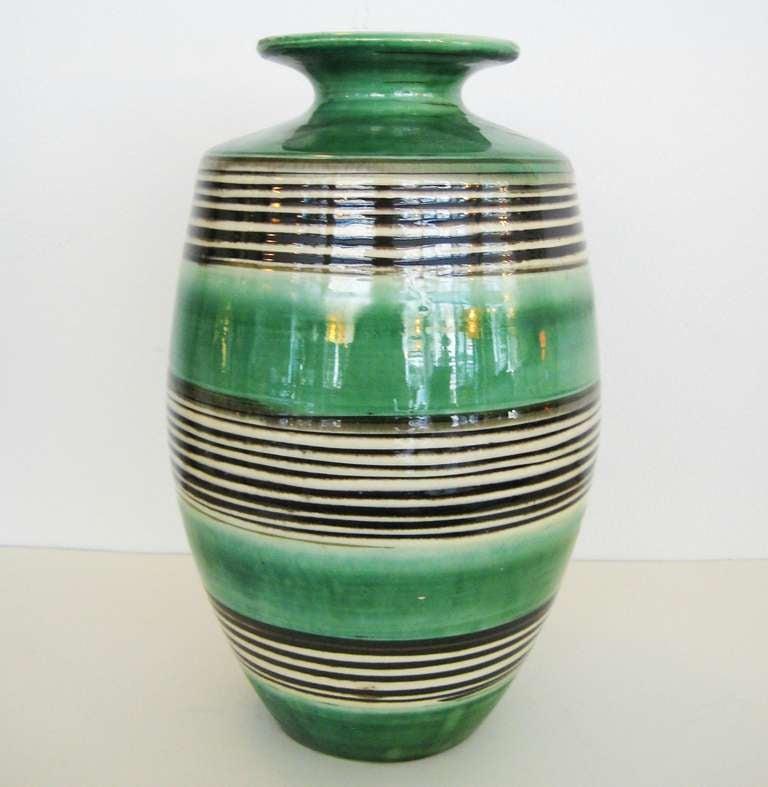 1930s k hler vase at 1stdibs. Black Bedroom Furniture Sets. Home Design Ideas