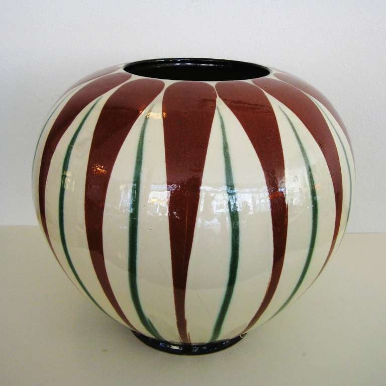 1930 s k hler vase at 1stdibs. Black Bedroom Furniture Sets. Home Design Ideas