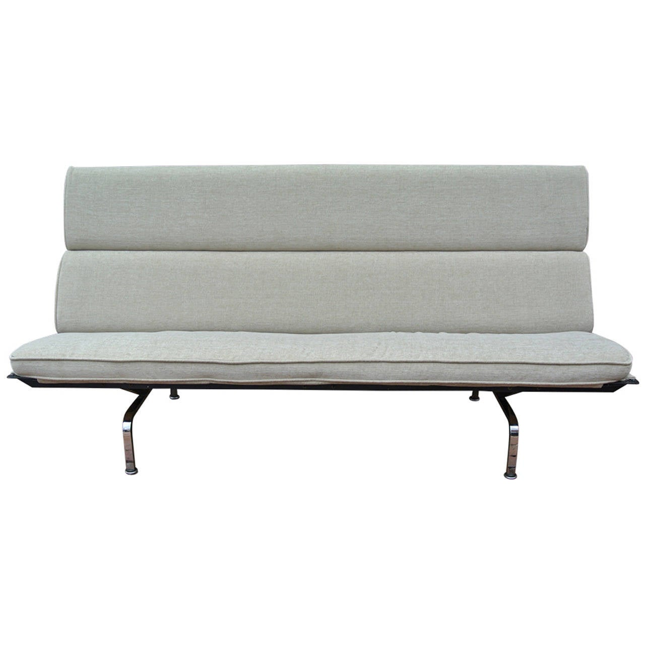 Charming Charles Eames Compact Sofa For Herman Miller 1