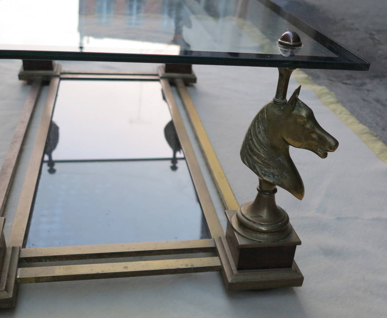 1970s Coffee Table with Horses Heads in the Style of Maison Charles In Good Condition For Sale In Paris, FR