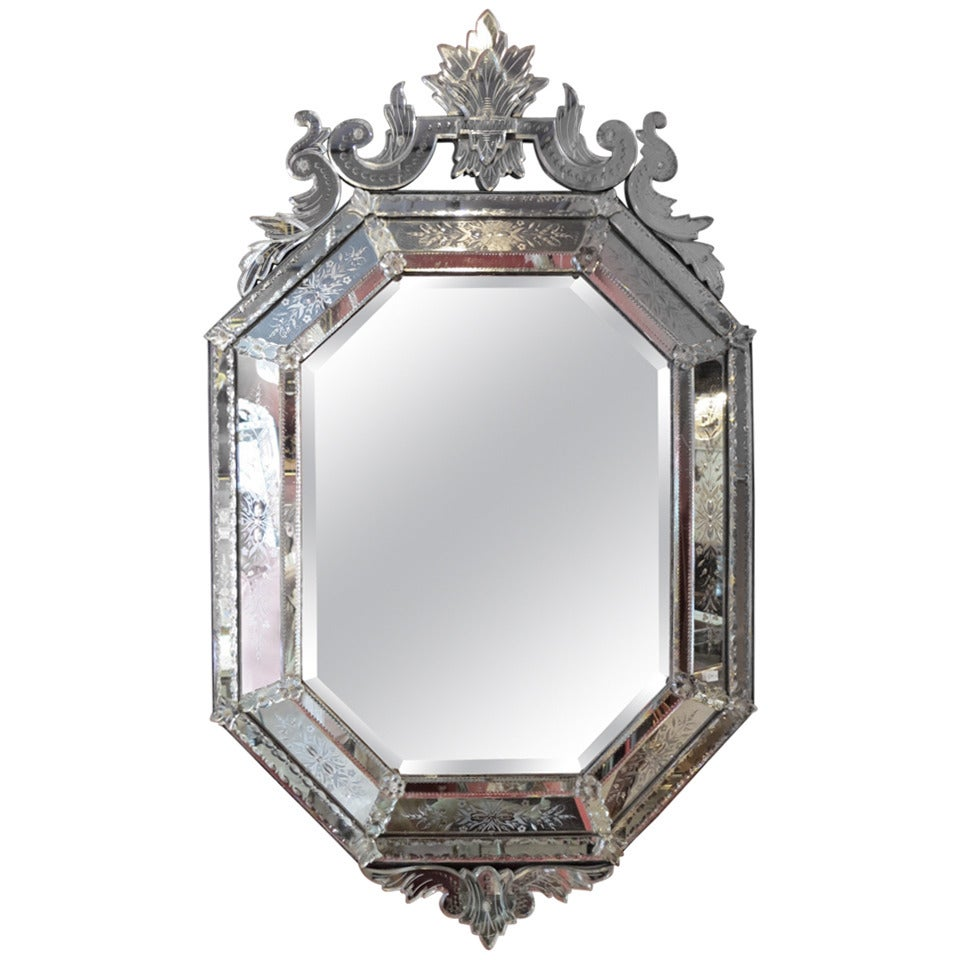 1880/1900 Octagonal Venetian Parecloses Mirror With Crown