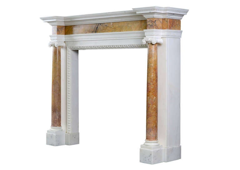 English George II Siena and Statuary Marble Chimneypiece In Excellent Condition For Sale In London, GB