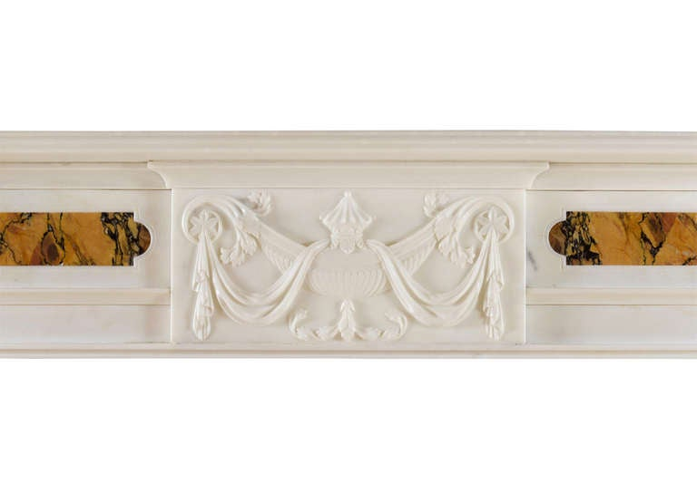 Georgian Early 19th Century Mantelpiece in Statuary and Siena Marble For Sale
