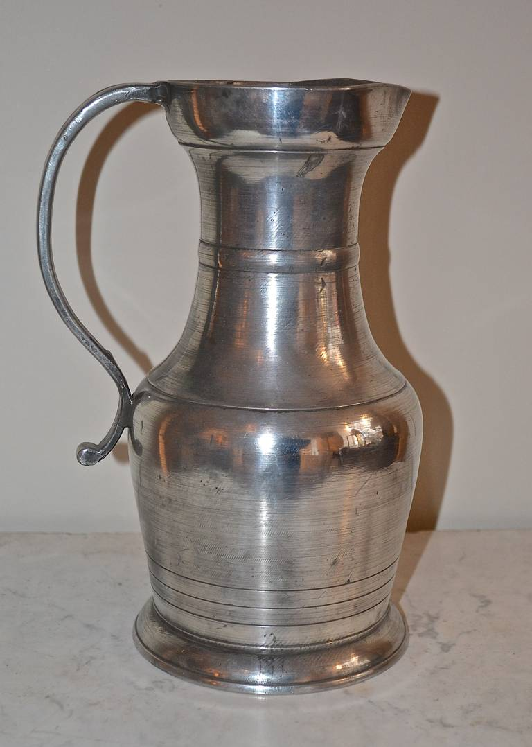 18th Century Large Baroque Pewter Pitcher In Excellent Condition For Sale In Copenhagen, K