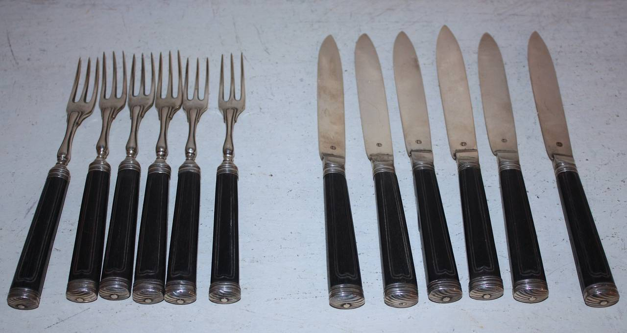 Very nice solid silver and horn cutlery for six persons. Silversmith Nicolaj Brandt, Horsens, 1787-1813.