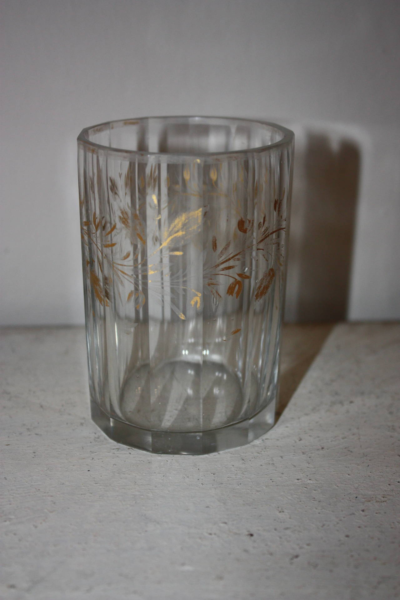 Set of Five 19th Century Glasses with Gold Leaf Motive For Sale 4