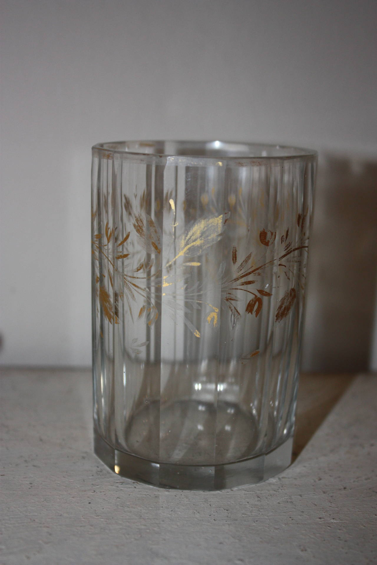 Set of Five 19th Century Glasses with Gold Leaf Motive For Sale 2