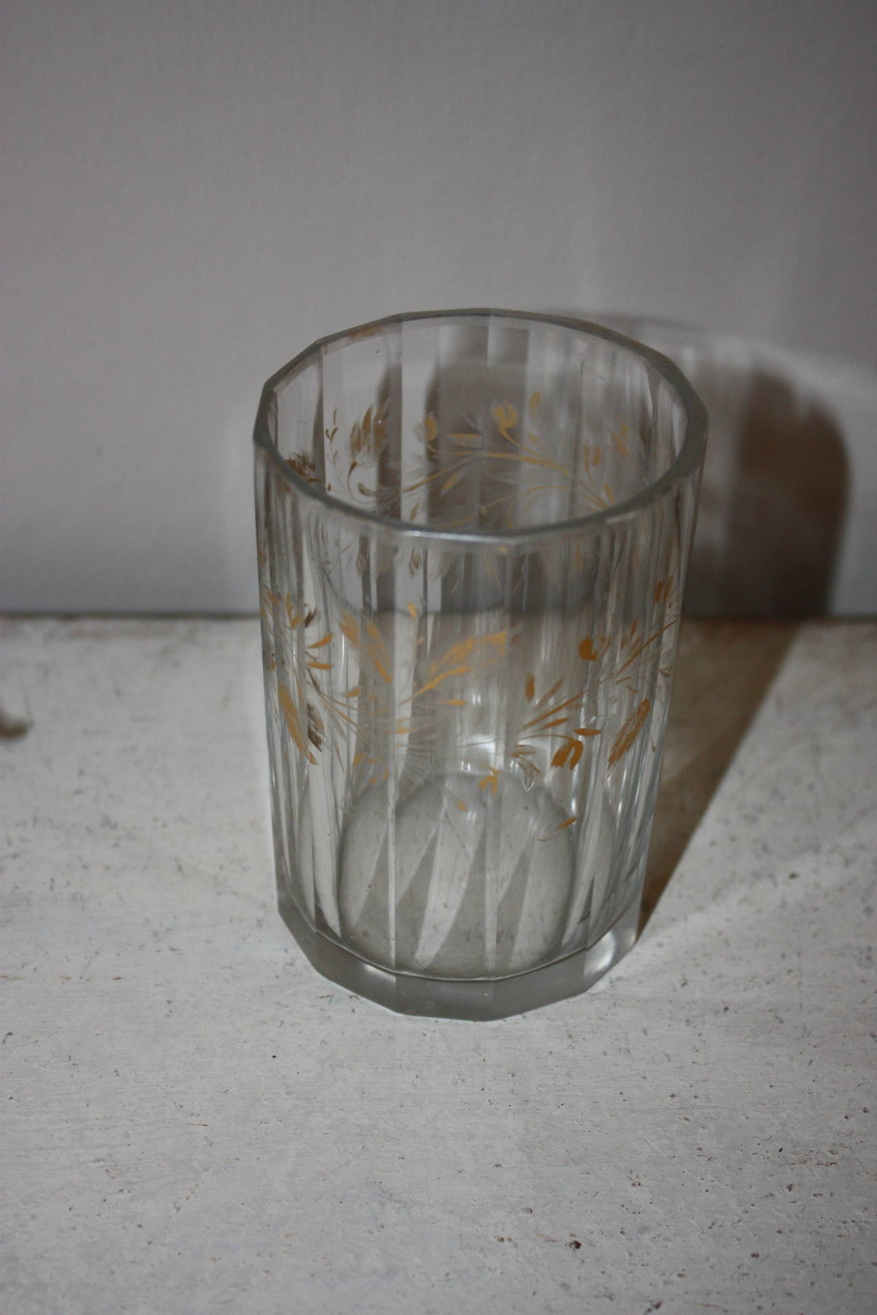 Set of Five 19th Century Glasses with Gold Leaf Motive For Sale 3