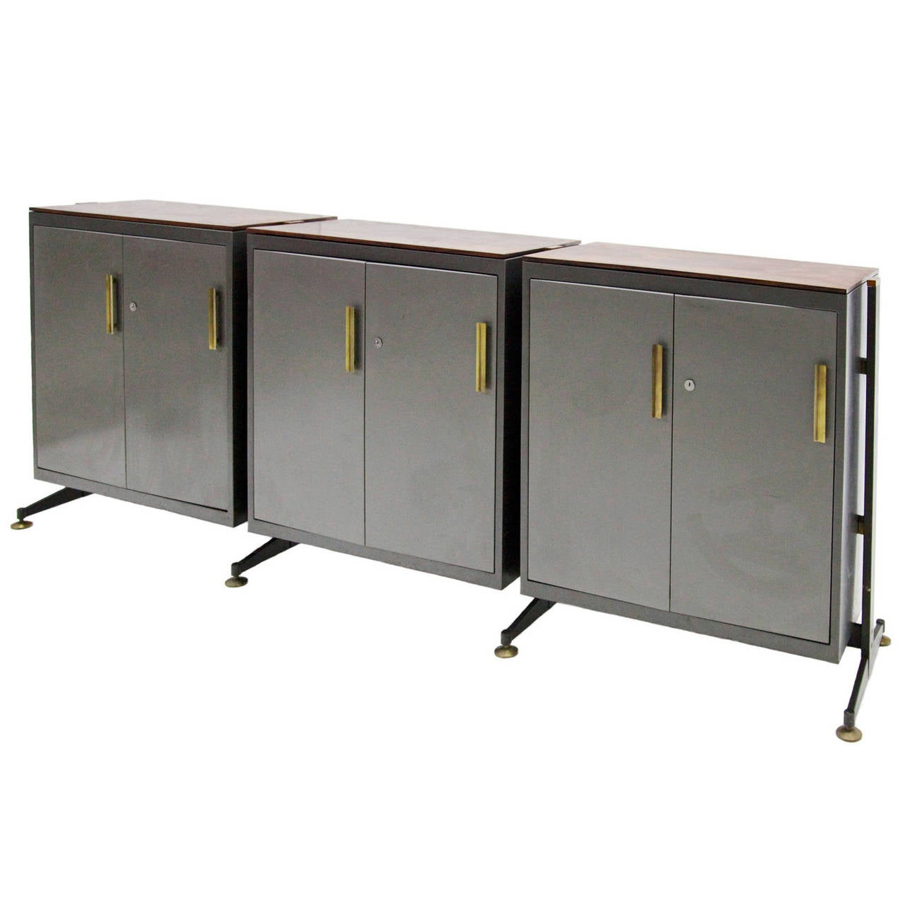 industrial sideboard in the style of osvaldo borsani from the 1970s at 1stdibs. Black Bedroom Furniture Sets. Home Design Ideas