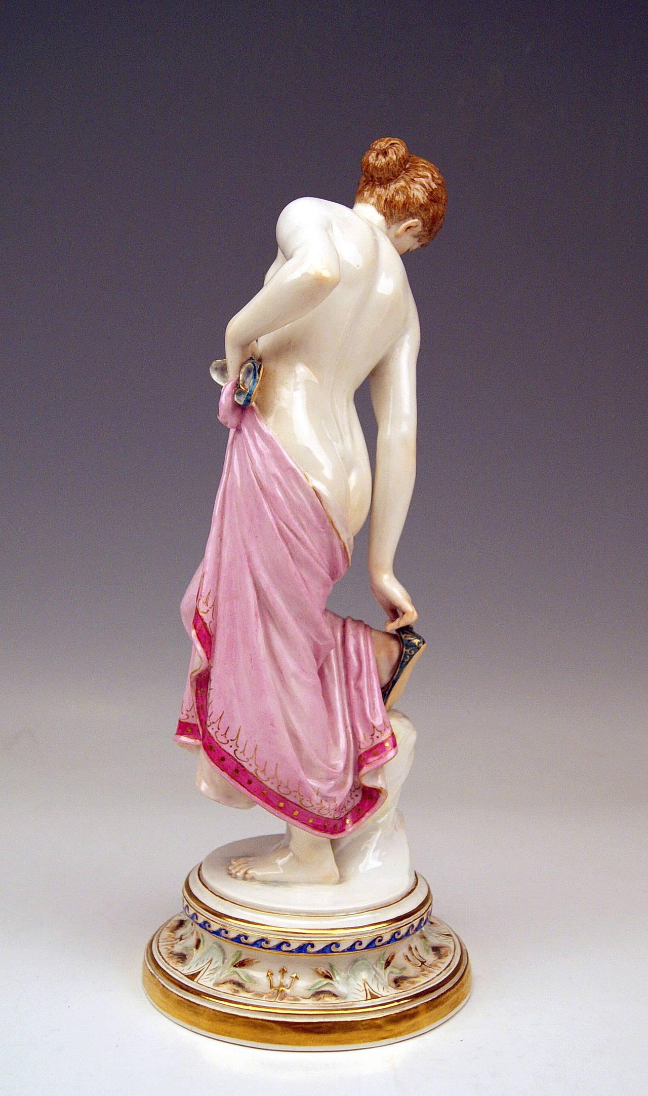 Nude female hardbody-3635