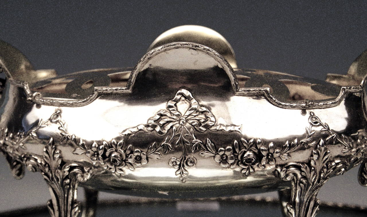 Silver Art Nouveau Rare Flower Bowl with Large Oval Support Made in Porto, 1900 4