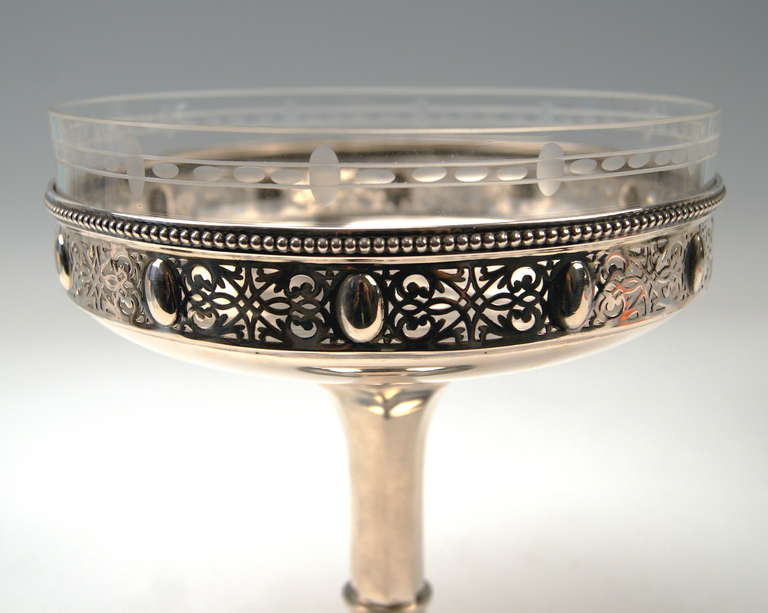 Silver German Pair of Centerpieces with Original Glass Liners circa 1900 For Sale 1