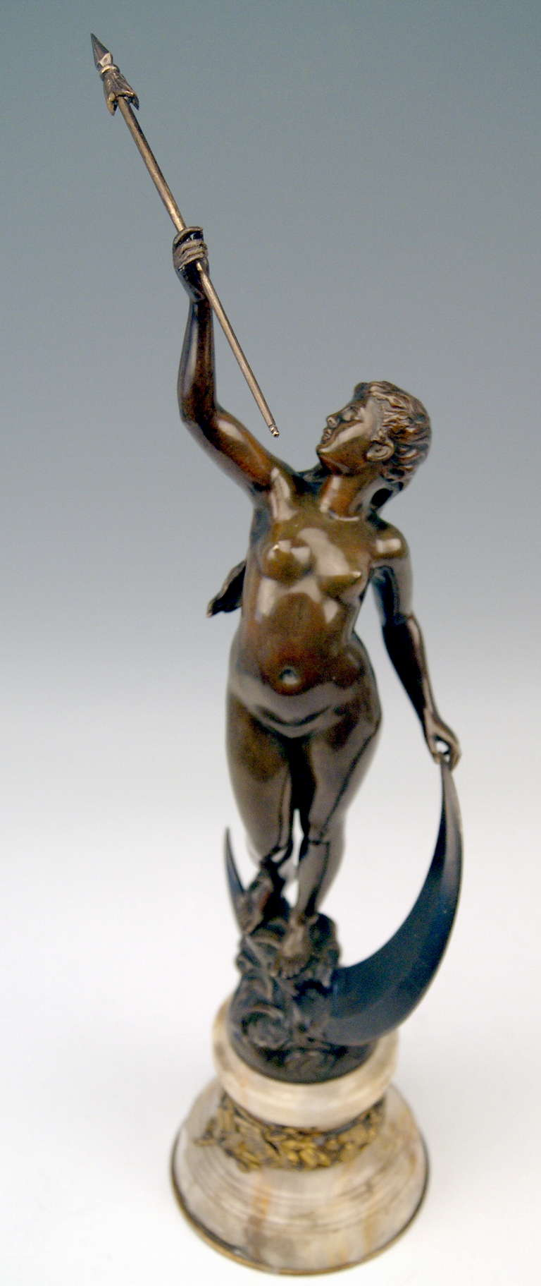 French Bronze Nicest Female Nude LUNA on Marble Base  c. 1900 - 10 For Sale 4
