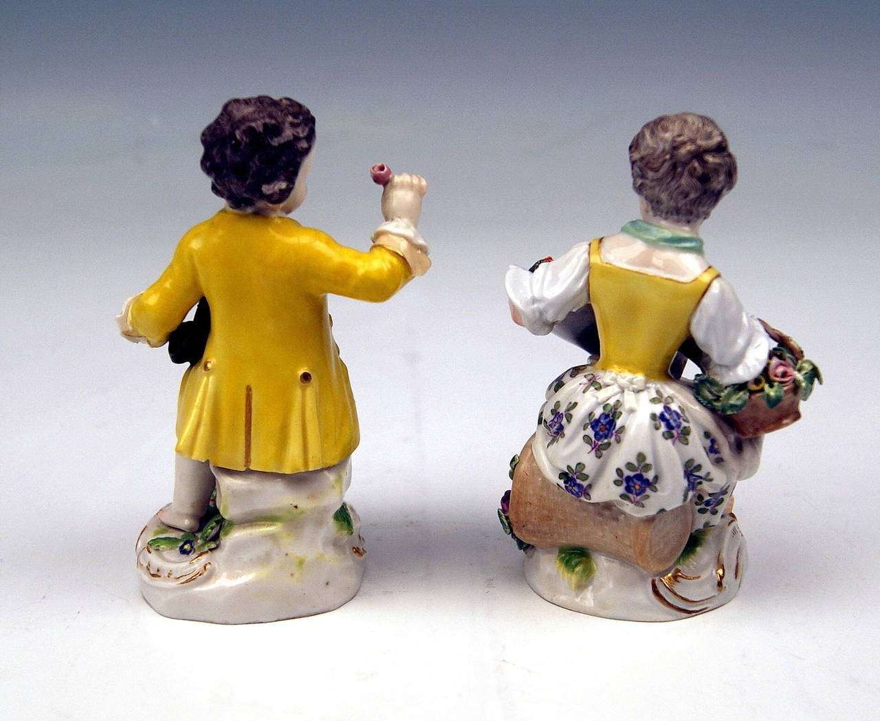 Painted Meissen Pair of Gardener Child Rococo Figurines, Model 17 by Kaendler, 1870 For Sale