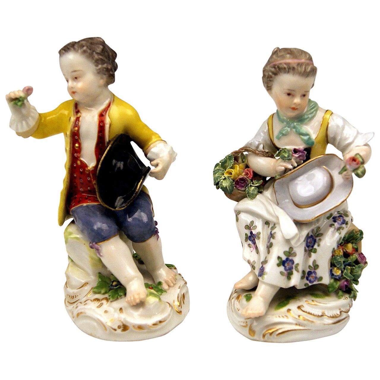Meissen Pair of Gardener Child Rococo Figurines, Model 17 by Kaendler, 1870