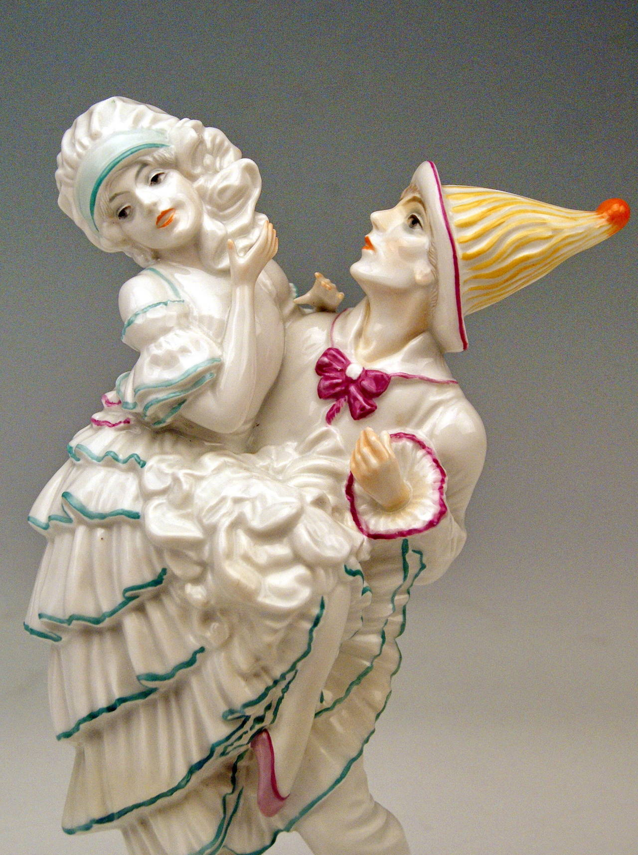 Glazed ROSENTHAL GERMANY HARLEQUIN AND COLUMBINE C. HOLZER-DEFANTI c.1923-25 For Sale