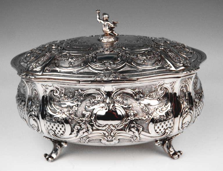 20th Century Silver Huge Lidded Bowl on Feet, Germany - Hanau, circa 1907-1910  1771 GRAMS    For Sale