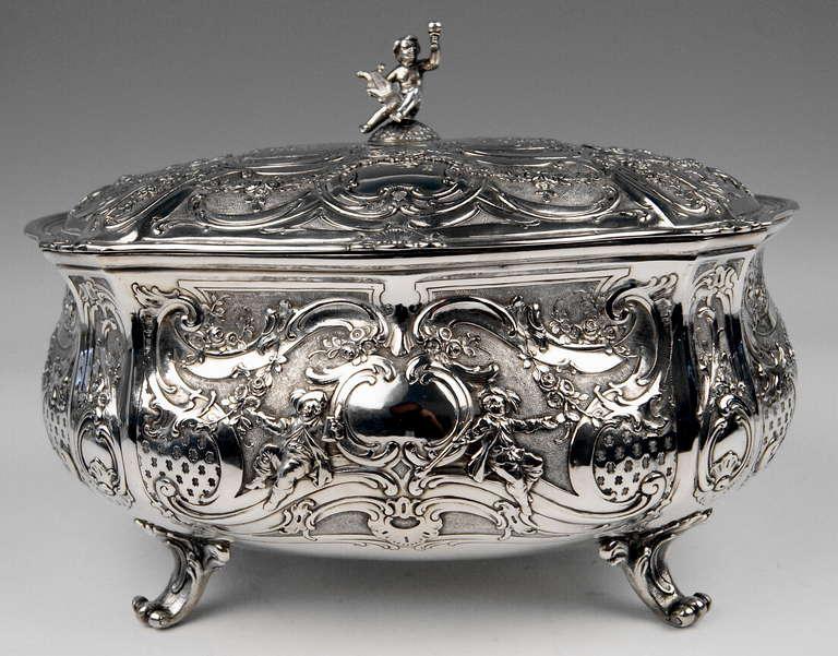 Silver Huge Lidded Bowl on Feet, Germany - Hanau, circa 1907-1910  1771 GRAMS    For Sale 4